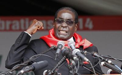 Cina offre il suo 'Nobel per la pace' aMugabe, dittatore dello Zimbabwe, accusato di torture e assassini