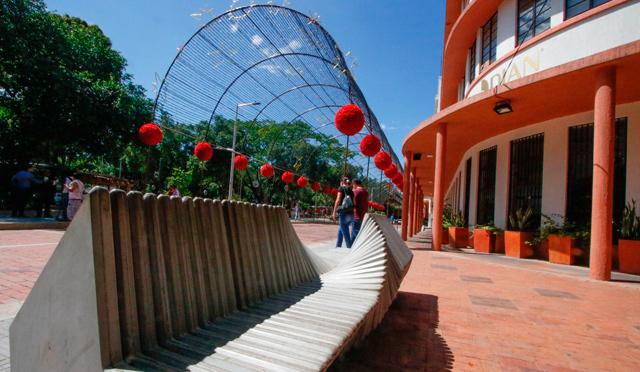 Escenarios de Navidad Bogot Medelln Proyectos de iluminacin