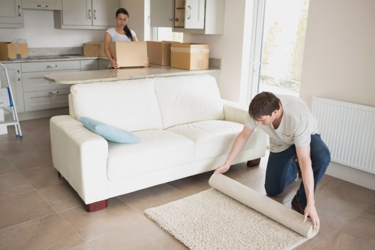 Furniture Movers: Most Common Moving Injuries