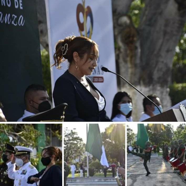 """Autoridades Municipales y Miiliitares encabezan el acto cívico por CCXI Aniversario del """"Inicio de Independencia de México""""."""