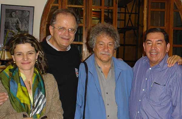 Con Sonia Sierra, Juan manuel Roca y Guillermo Ceniceros.