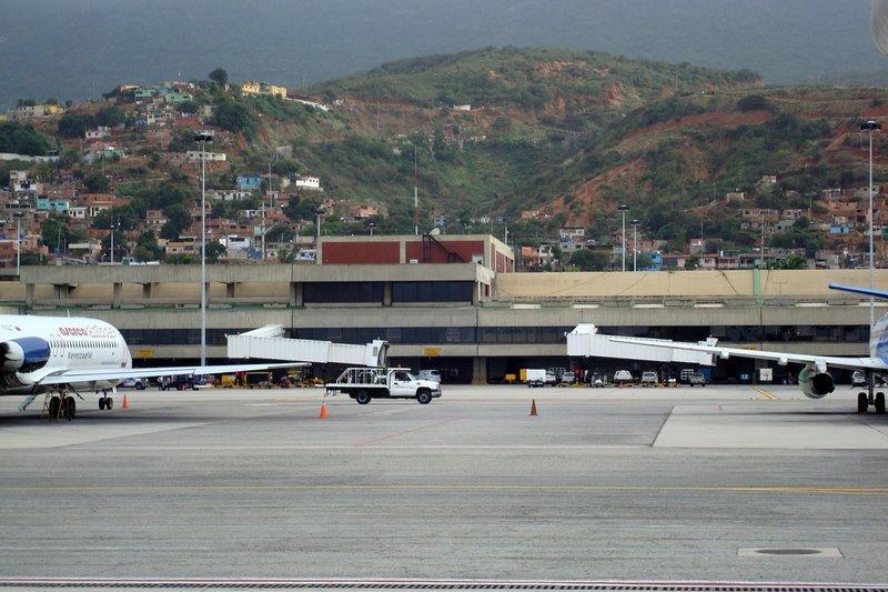 Estados Unidos suspende todos los vuelos con Venezuela