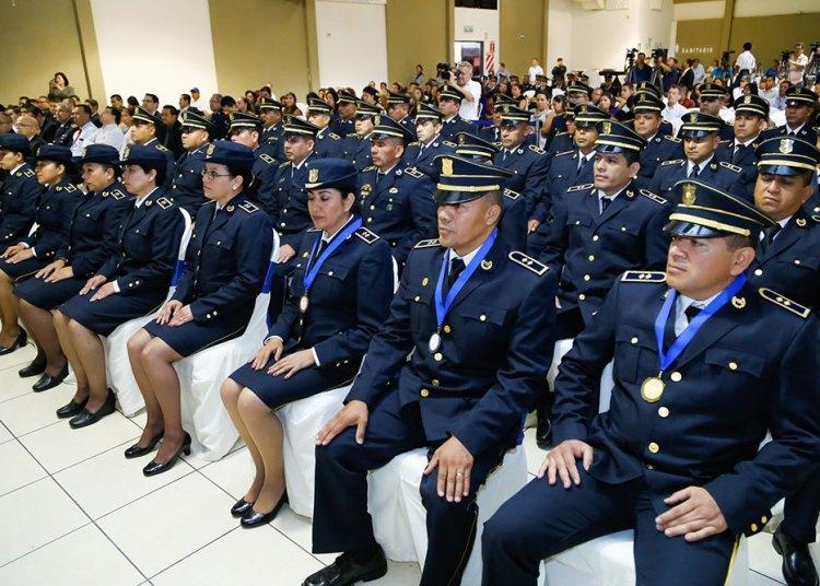 Avalan curso de ascenso para aspirantes a comisionado general Bukele veta ascensos para Comisionado General en PNC-VerdadDigital.com-