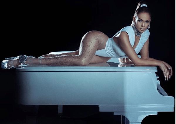Jennifer López sorprende a su novio y le compra lujoso auto