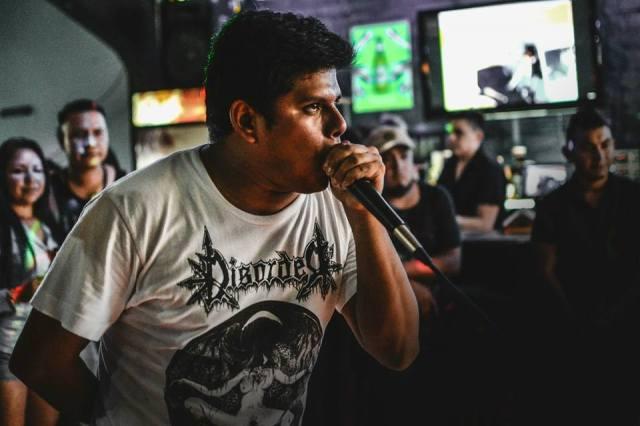 Asesinan a vocalista de banda de rock mientras daba concierto en Armenia