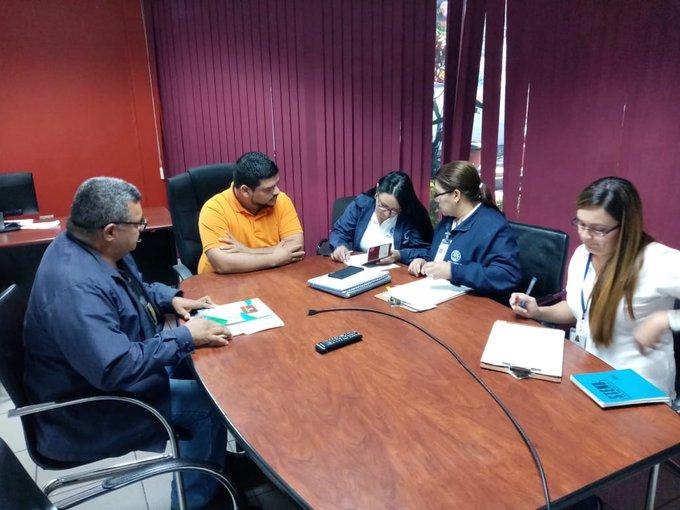 Migración expulsa de El Salvador a ejecutivos venezolanos empleados en Alba Petróleos