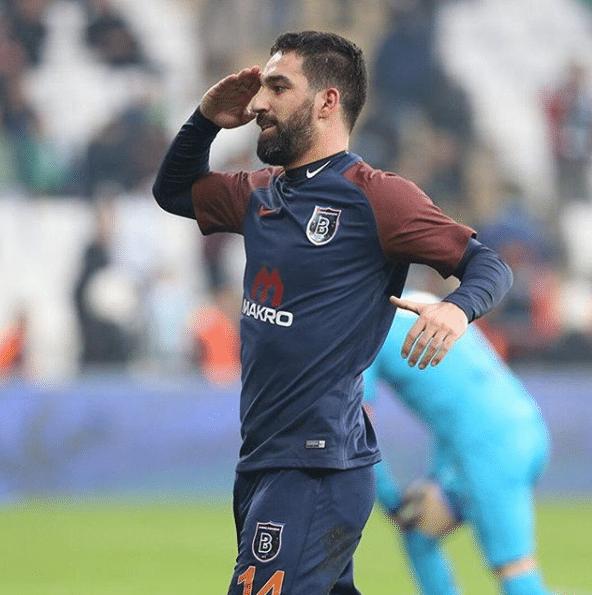 Un ex compañero de Lionel Messi condenado a prisión en Turquía