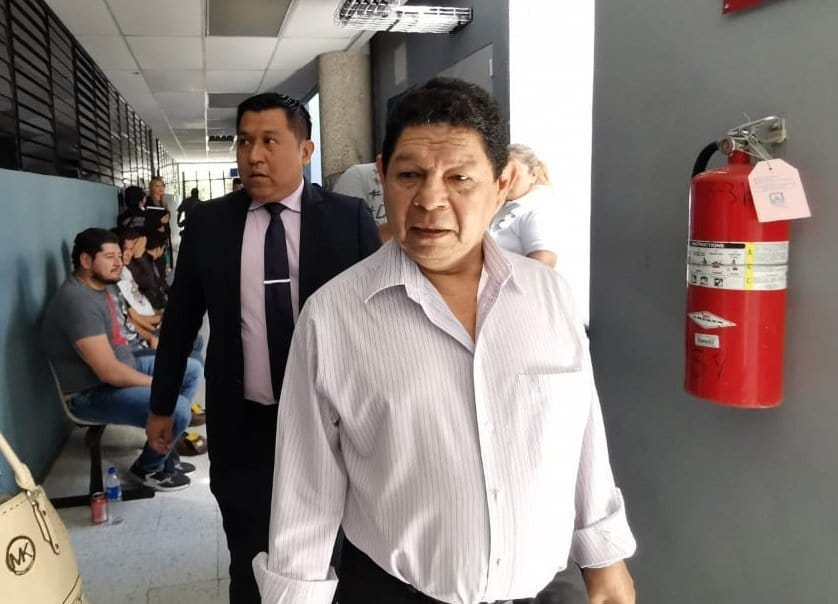 El Salvador: Acusan a exfuncionarios de pactar con pandillas