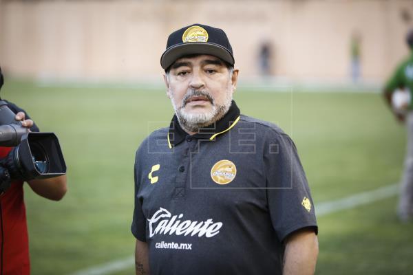 ¿Maradona a la Selección de España?