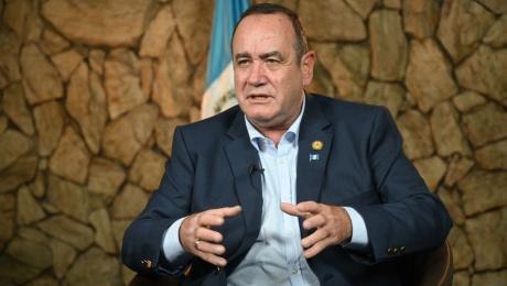 Mundo: Presidente de Guatemala da positivo a coronavirus