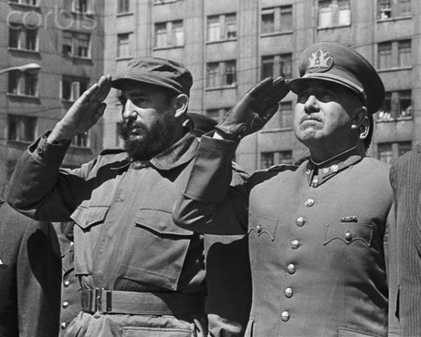 https://i0.wp.com/www.lapatilla.com/site/wp-content/uploads/2013/07/Pinochet-Castro.jpg