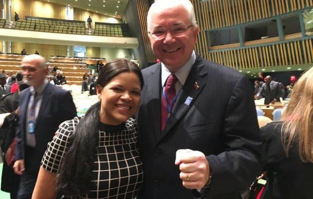 María Gabriela Chavez, embajadora alterna y Rafael Ramírez, embajador titular de Venezuela en la ONU / Foto @VTVcanal8