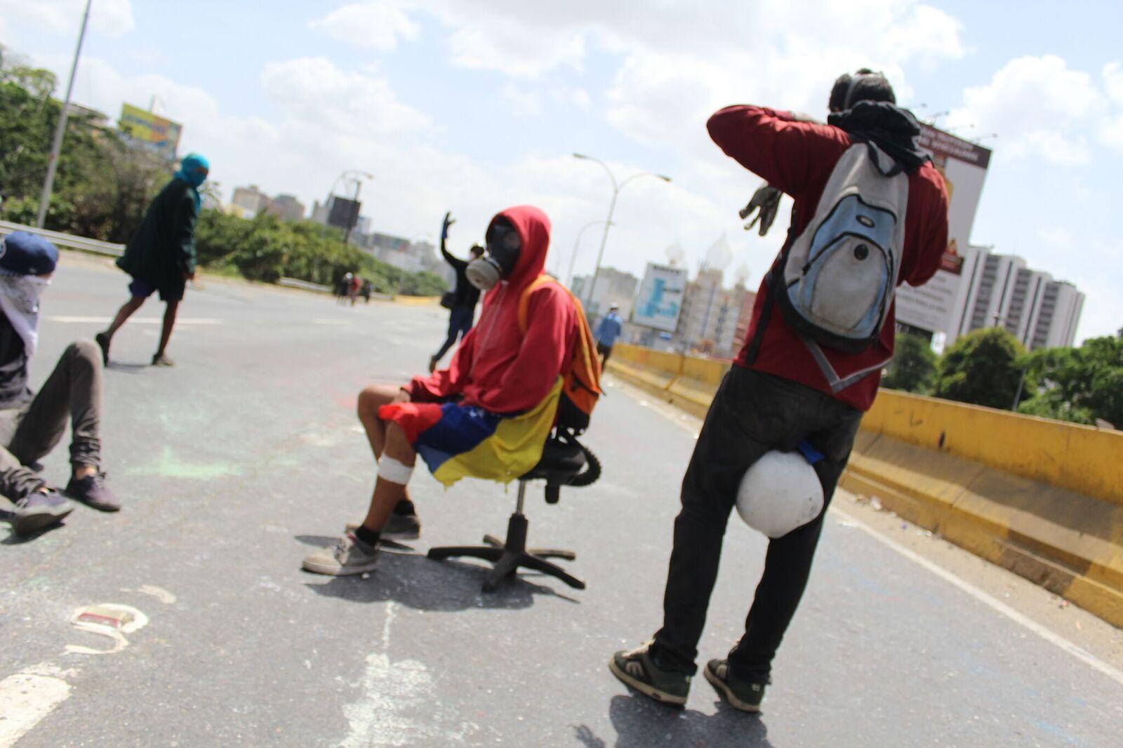 Foto: Manifestación en la Autopista Francisco Fajardo 27 de mayo / Regulo Gómez
