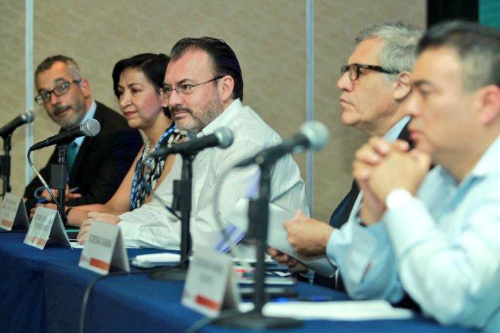 El canciller de México, Luis Videgaray durante una rueda de prensa en Cancún