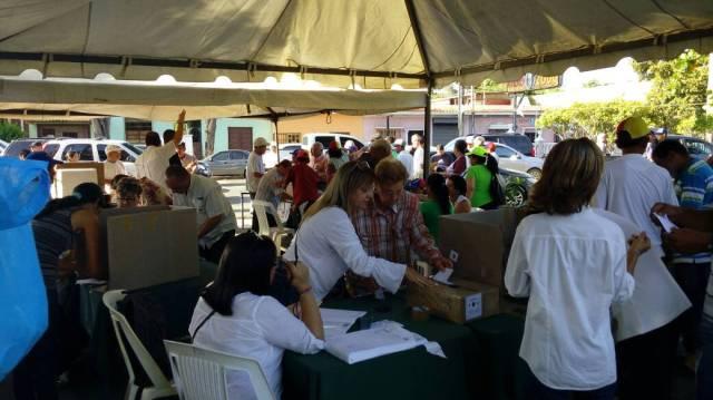 Foto: Este fue el ambiente en el estado Sucre durante la consulta popular / Cortesía