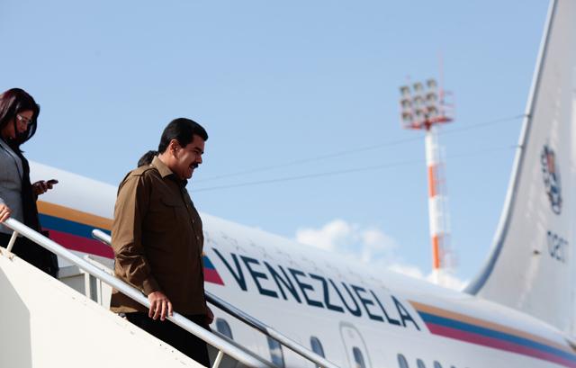Maduro se gasta 300 cupos Cadivi en viaje de tres días