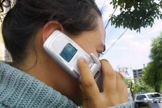 hablando_por_celular