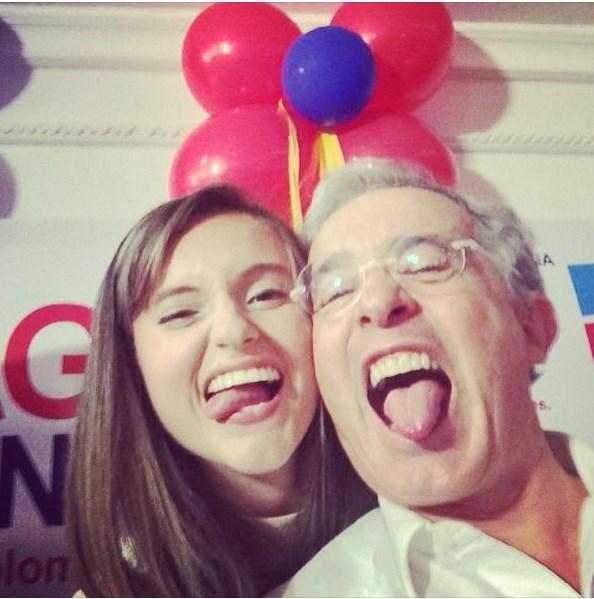 Uribe selfie