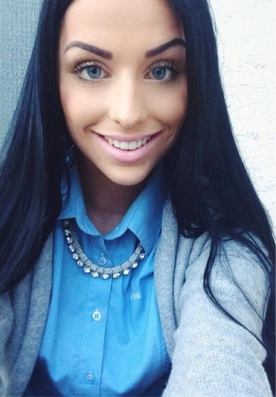 dark-hair-light-eyes-01