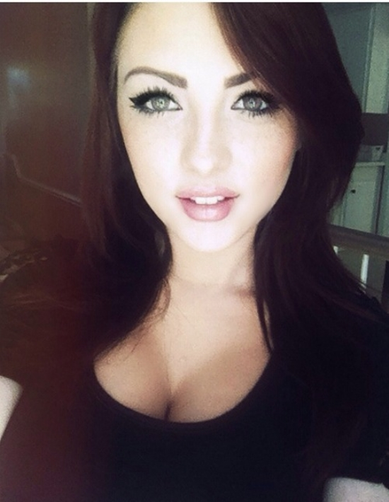 dark-hair-light-eyes-251