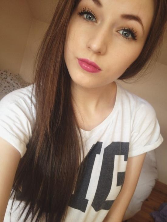 dark-hair-light-eyes-271