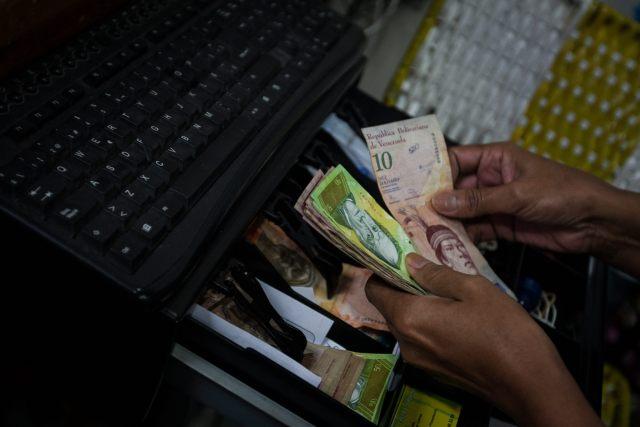 El financiamiento inorgánico del défict fiscal ha causado en Venezuela la inflación más alta del mundo / Foto archivo