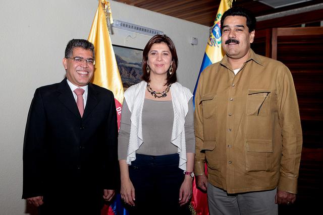 Encuentro de la canciller de Colombia, Mariángela Holguín, con el entonces Vicepresidente Nicolás Maduro y el canciller Elia s Jaua en enero de 2013 / Foto Prensa Miraflores