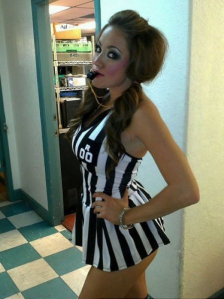 sexy-girls-halloween-costumes-26