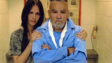 Charles-Manson_MDSIMA20141118_0007_14
