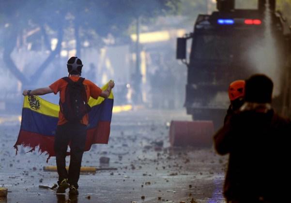 Protestas en Caracas el  15 de febrero, 2014 (AFP PHOTO/ JUAN BARRETO