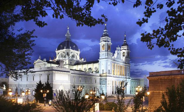 Foto: Catedral de la Almudena / historiasdelahistoria.com