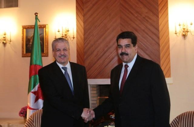 Foto: El Presidente Nicolás Maduro durante el encuentro con el Primer Ministro de Argelia, Abdelmalek Sellal / AVN