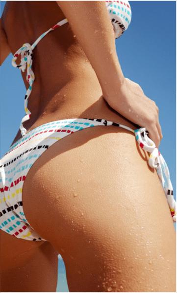 GG joven en la playa