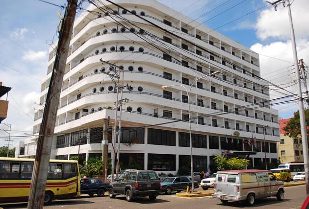 Hoteles-han-mermado-en-zafra-de-la-Semana-Mayor