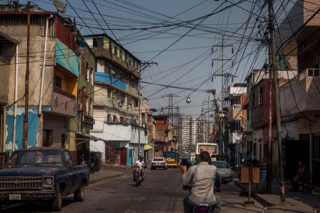 ALTAS TEMPERATURAS EN VENEZUELA DISPARAN EL CONSUMO DE ENERGÍA