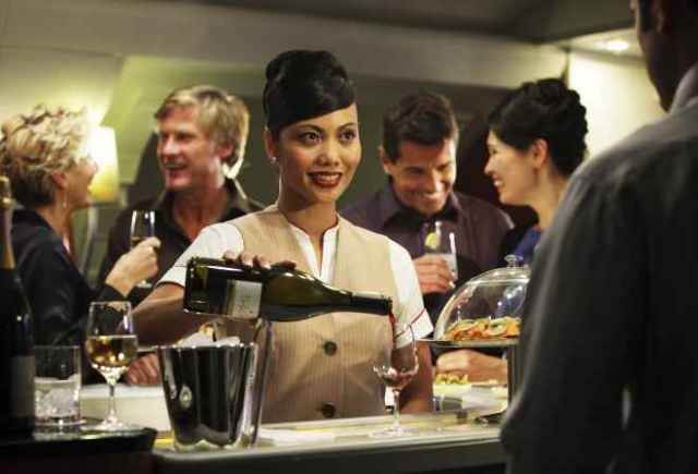 Emirates-apuesta-por-8-vinos-espanoles