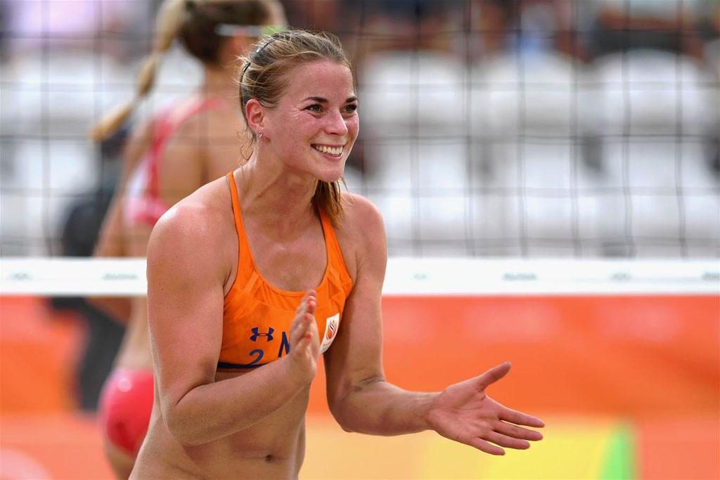 Novias Olímpicas Presenta La Voleibolista Holandesa Van