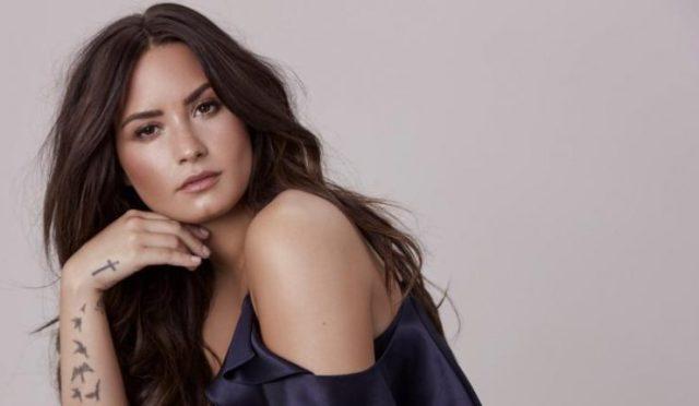 """demi lovato2 - Tras enfrentar a la muerte, Demi Lovato explicó el significado de su cambio de """"look"""""""