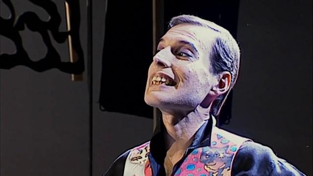 freddie mercury 2 - ¡Estremecedor! Asistente de Freddie Mercury revela 28 años después cómo fueron los últimos días del cantante