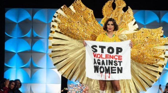 20 4 - Candidatas al Miss Universo usaron sus trajes típicos para protestar en la pasarela (Video)