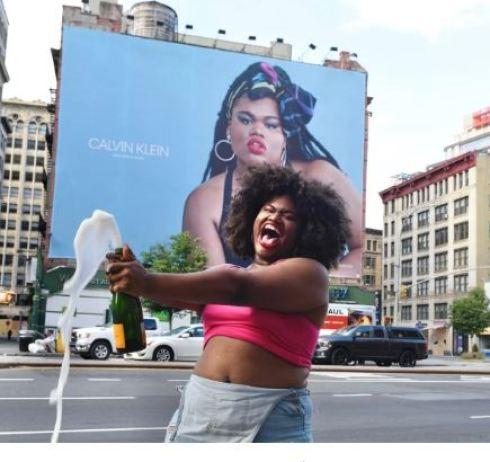 JARI JONES  - ¿Quién es Jari Jones? La modelo trans, negra y activista contra la gordofobia que ahora es imagen de Calvin Klein