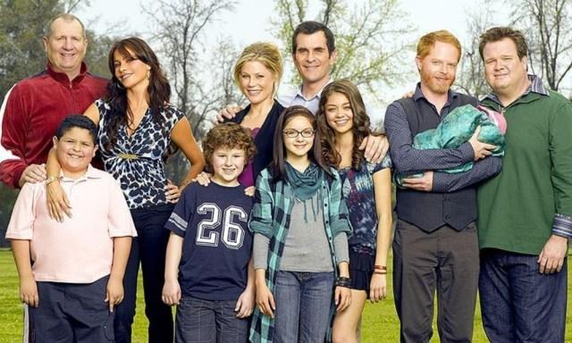 """Fecha del final de Modern Family - Nolan Gould, el actor superdotado que alcanzó la fama por ser el """"niño tonto"""" de Modern Family"""