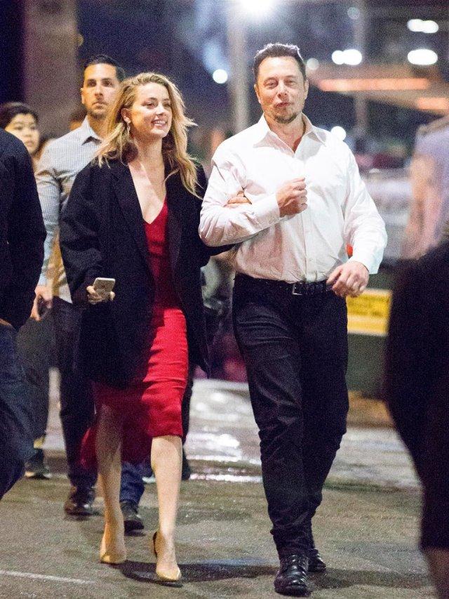 HQDMOKLLANBAZEY3EWAX4WOZSA - Los amores de Elon Musk: Su pelea con Johnny Depp por Amber Heard a su sueño de mudarse a Marte con la cantante Grimes