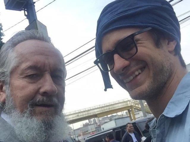 Jose Angel Garcia padre del actor Gael Garcia Bernal - La viuda del padre de Gael García publicó fotos junto al cadáver ...y desató indignación