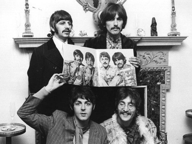 V7JCLOBU7NC7DE657AAMXUEETY - El día que quisieron linchar a los Beatles en Manila (Fotos)