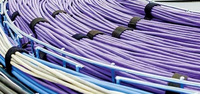 Anuncia amlo licitación de líneas de fibra óptica para comunicar al país