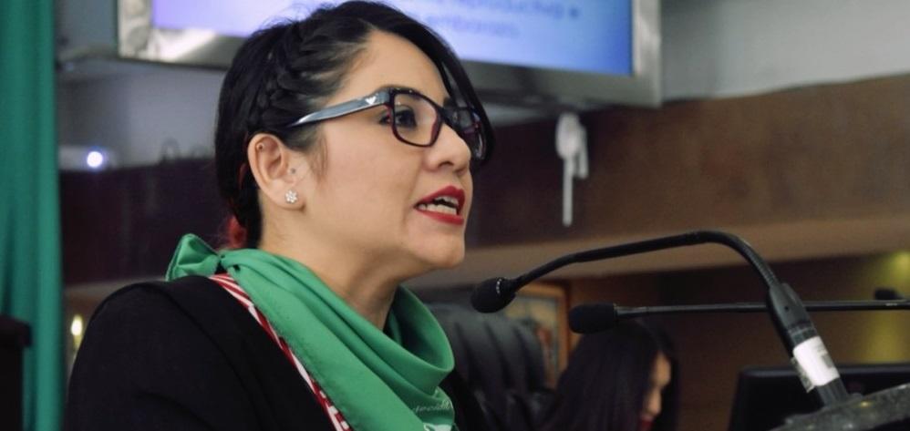 Presenta PT iniciativa para despenalizar aborto; resistencia de diferentes fracciones