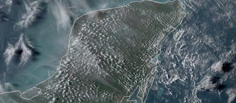 Mega apagón deja península de Yucatán a oscuras
