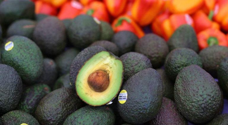 Aguacate supera los 70 pesos por kilo en mercados del país