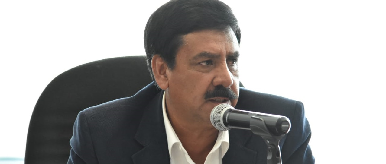 Exhorta Chuy Velázquez al Gobierno Federal, atienda desabasto de medicamentos y suspensión en construcción de hospitales en Chihuahua